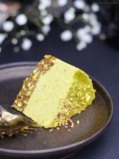 Raw Pistachio Avocado Cake (vegan, no bake)