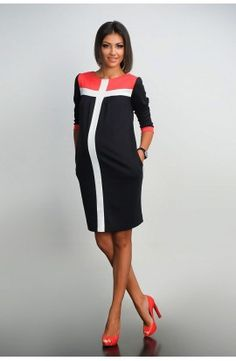 Rochie neagră cu dungi albe Maternity Dresses, Dresses For Work, Clothes, Tunics, Fashion, Outfits, Moda, Maternity Gowns, Clothing