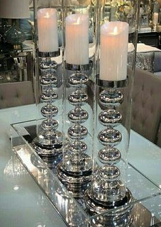 Sunny Country Home Living Room Dining Room Table Decor, Glass Dining Table, Decoration Table, Dining Room Design, Vases Decor, Decorations, Foyer Decorating, Decorating Coffee Tables, Mirrored Furniture