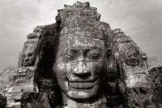 Bayon Smiles (courtesy Martin Reeves)