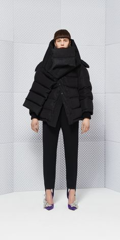 Balenciaga Coats for Women - Discover the latest collection at the official…