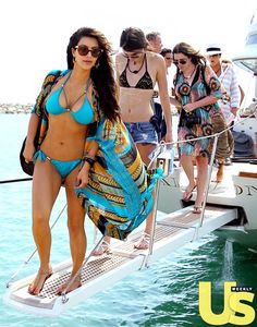 Kardashians yachting in style