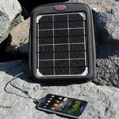 The Fuse 6W charges your #GalaxyS6 so you can keep the good times going this #summer   #Android #solar #getoutthere