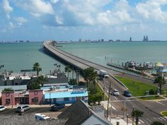"The perfect winter destination, South Padre is busy with RVers from all over the world, in January and February. Even for people without an RV, South Padre is a chosen location to RV. According to Campground programmes at KOA, RVing in South Padre Islands is at its best in winter. Why?  ""With the sun overhead and the"