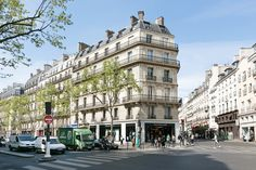Boulevard Saint-Germain, 75006 Paris #abkasha