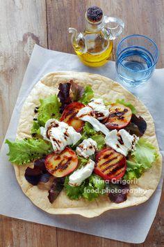 Caprese salad with fresh lettuce, mozzarella chees - Caprese salad with fresh…