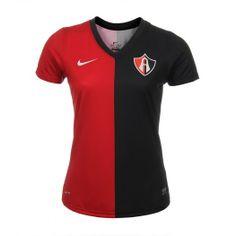 Apoya al Atlas de Guadalajara con su nuevo jersey local que vuelve a su clásico diseño y lleva con orgullo los colores tradicionales.
