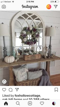 home decor entryway Hellooooo gorgeous entryway! ourcottagehome layered this fall wreath with our arch mirror to tie in the purple accents. Home Living Room, Living Room Decor, Dinning Room Wall Decor, Cheap Home Decor, Diy Home Decor, Sofa Table Decor, Home Interior, Interior Design, Country Farmhouse Decor