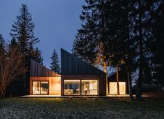 Cottage in Muraste by KUU Arhitektid, Estonia