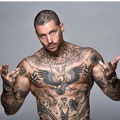 Tattoos for men Cool Chest Tattoos, Cool Tattoos For Guys, Hot Tattoos, Life Tattoos, Tatoos, Tattoo Mafia, Tattoo Boy, Sexy Tattooed Men, Brust Tattoo