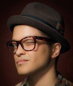 Bruno Mars Optical Net Recoleta - Arenales 1736 - CABA - 4813-0975 - www.OpticalNet.com.ar  #OpticalNet #Recoleta #Argentina #Anteojos #Moda #Ojos #Recetados #Armazones #Lentes #Eyecare #Eyewear #Eyeglasses #Fashion #Eyes