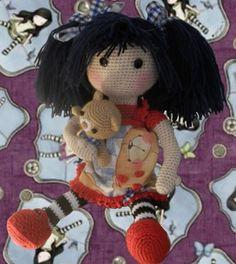 Una linda muñeca, especial para regalar en cualquier evento, incluso como regalo de reyes, conquistara y encantara a todos. Patrón amigurumi gratis de la muñeca Gorjuss, viene incluido el patrón pa…