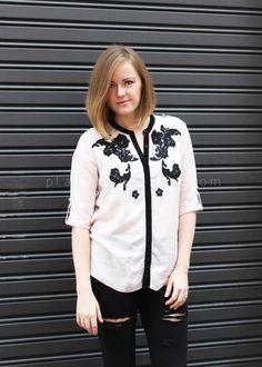 DIY SHIRT : DIY Lace shirt applique
