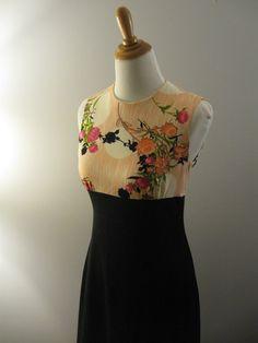 1970s maxi dress / vintage 70s maxi dress. $36.00, via Etsy.