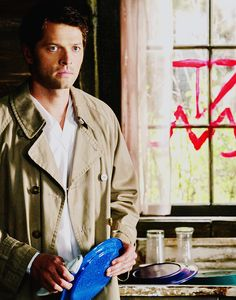 Misha Collins as Castiel on Supernatural Castiel Angel, Supernatural Fandom, Misha Collins, Destiel, Superwholock, Winchester, Blood, Addiction, Hunting