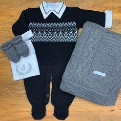 Crochet Bebe, Disney Cars, Baby Dress, Boy Outfits, Knitwear, Kids Fashion, Men Sweater, Baby Boy, Rompers