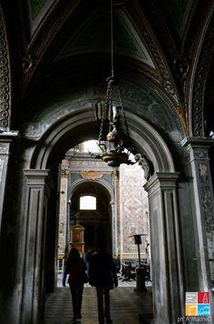 Discovering Chiesa dei SS. Severino e Sossio in Naples with locus iste