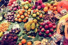 在Barcelona, Spain。 It's a traditional market place.