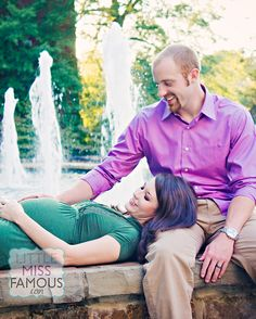 creative maternity session  Photography by Briwoodschaney.com