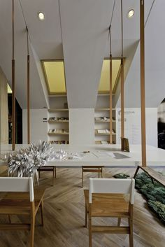 "Casa FOA 2012: ""Home Office"" / Estudio Nidolab... love the suspended table.."