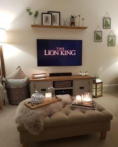 Home Theater Setup with Home Theater Seating Scandi Living, Living Room Decor Cozy, Home Living Room, Interior Design Living Room, Living Room Designs, Home Theater Setup, Home Theater Seating, Cottage Shabby Chic, First Apartment Decorating