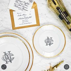 Set your tablescapes with gorgeous custom dinnerware china. Choose from our 3 font styles and 5 monogram colors at https://www.sashanicholas.com/shop-all/weave-24k-gold-rimmed-monogrammed-salad-plate/ | Wedding Inspiration & Ideas | Tablescapes | China