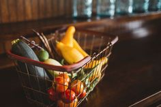 A ten step guide to reducing food wastage at home - The Holistic Ingredient