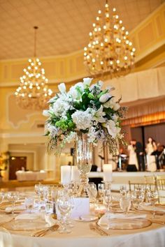 Large-Tall-White-Floral-Centerpiece