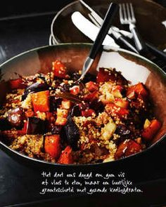 Quinoa with grilled vegetables, extract from the cookbook 'Pure jouissance by Pascale Nae . Pureed Food Recipes, Vegetarian Recipes, Cooking Recipes, Healthy Recipes, Healthy Food, Couscous, Tapas, Go For It, Happy Foods