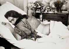 She spent a great deal of time in her fed due to injuries that caused great chronic pain. She was such a survivor! 40 Vintage Photos of Frida Kahlo To Get Lost In Today