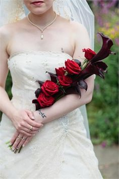 Rose & Calla Lilly arm bouquet