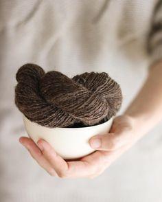 Si tienes ganas de comerte el mundo abre bien la boca para darle el primer bocado  . #lana #lanas #Yarn #Wool #moekeyarns #moekeyarnselena #ohlanas #tiendadelanas #yarnshop #organicyarn #lanaecologica #ecofriendlyyarn #romanianwool #cometeteelmundo #tejer #punto #tricot #ganchillo #crochet #knit #knitting #knitlife