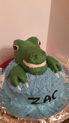 3d T-rex cake.