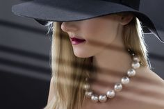 A pearl necklace is such a classic piece of jewelry that it works for almost any occasion. Pearls have an effortless elegance about them and can be dressed up or dressed down. When you wear your pe…