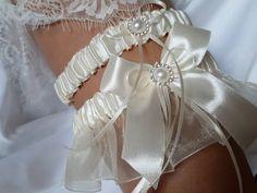 Ivory Bridal Garter, White Wedding Garter, Blue Bridal, Purple Wedding, Organza Bridal, Bridal Lace, Tape Measure, Thigh, Etsy Shop