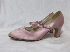 Vintage 60s Shoes Mary Janes Hi Heels Satin AS IS Lavender MOD 20s Deco Style #Qualicraft #Heels #Everyday