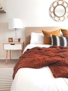Home Decored Cozy Bedroom Interior Design 30 Ideas For 2019 Bedroom Apartment, Home Decor Bedroom, Bedroom Furniture, Bedroom Ideas, Cozy Apartment, Design Bedroom, Budget Bedroom, Autumn Decor Bedroom, Bedroom Crafts