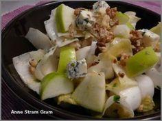 Envie de légèreté ? Optez pour cette salade qui donne fraîcheur et saveur, dans un agréable mélange sucré salé! - Recette Apéritif : Salade à l'endive, coeur de palmier et pomme par Anne Stram Gram