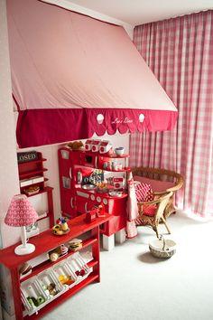 """Die Nestbauglück Kantine :-) """"Lou's Dinner"""" Eine kleine spiel Küche in Lou's Schlafzimmer. #MeinZuHause"""