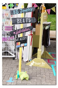 Sugar Bee Crafts: Craft Fair Booth - Set Up and Tips - tutorial on how to make this sign too