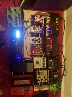 [NPD/NPBD/SPD] Boss MS-3 Fuzzhugger Doom Bloom Strymon Deco Eventide Space plus a personal story board downsize and a huge amount of pedals sold/removed