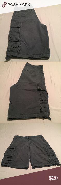 Men Cargo Shorts Old Navy men's cargo shorts.    Navy blue Old Navy Shorts Cargo