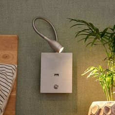 Applique a LED Marbod flessibile con dimmer Wall Reading Lights, Wall Lights, Led Flexible, Led Treiber, Smartphone, Applique Led, Led Wall Lamp, Lampe Led, Energy Efficiency