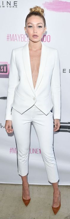 Love the suit...change the shoes