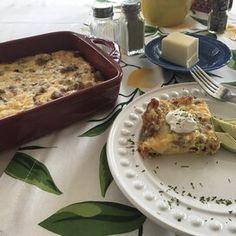 Rebekah's Keto Egg Casserole Homemade Breakfast Sausage, Breakfast Meat, Avocado Breakfast, Breakfast Bowls, Sausage Gravy, Sausage And Egg, How To Cook Sausage, How To Cook Eggs, Egg Casserole