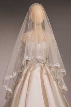 Kate Middleton's quarter-scale wedding dress.