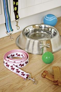 How To Sew A Dog Leash--could use dollar store leash and ribbon or fabric