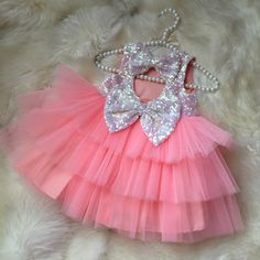 Home Decor: Baby dresses styles 2016 Baby Girl Frocks, Baby Girl Party Dresses, Frocks For Girls, Dresses Kids Girl, Flower Girl Dresses, Birthday Frocks, Birthday Girl Dress, Girls Frock Design, Baby Dress Design