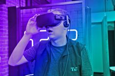 Oculus update paves the way for room-scale VR on the Rift
