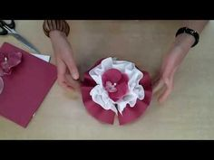 Le Lotus - Etalmag - Pliage de serviettes - YouTube